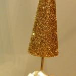 DIY GOLDEN CHRISTMAS TREE CENTERPIECES - A TUTORIAL