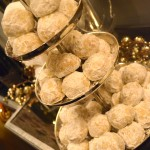 MY FAVORITE CHRISTMAS COOKIE RECIPE | PECAN SNOWBALLS