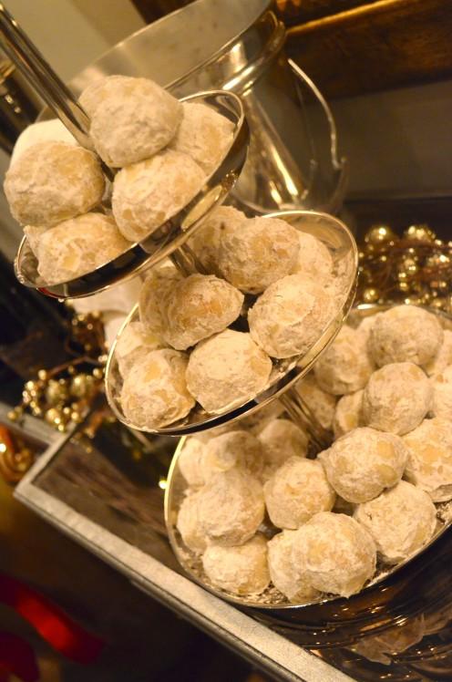 MY FAVORITE CHRISTMAS COOKIE RECIPE | PECAN SNOWBALLS | Recipe @ www.AfterOrangeCounty.com