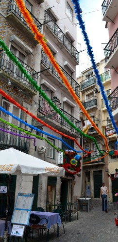 HOW TO SEE #LISBON #PORTUGAL IN A DAY | The #Alfama District | www.AfterOrangeCounty.com