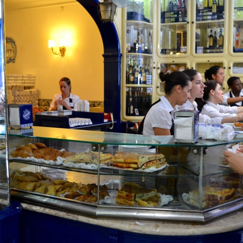 HOW TO SEE #LISBON #PORTUGAL IN A DAY | Pasteis de Belem | www.AfterOrangeCounty.com