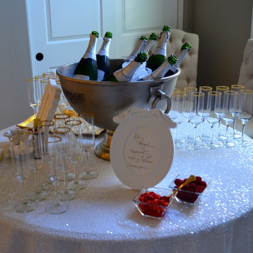 HOW TO HOST A BEAUTIFUL BRIDAL SHOWER | www.AfterOrangeCounty.com | #Bubbly #Bar