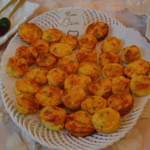 HOW TO HOST A BEAUTIFUL BRIDAL SHOWER | www.AfterOrangeCounty.com | Mini #Quiche