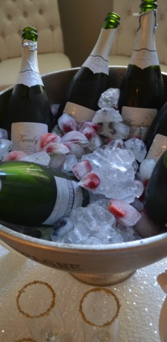 CHAMPAGNE COCKTAIL ANYONE? How to host a beautiful Bubbly Bar | www.AfterOrangeCounty.com