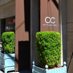 THE CITY CLUB HOTEL NYC | A REVIEW | #CityClubHotel #NYC | www.AfterOrangeCounty.com