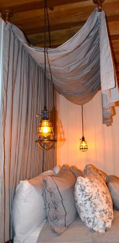 STONEHILL COTTAGE   Fawnskin California   www.AfterOrangeCounty.com