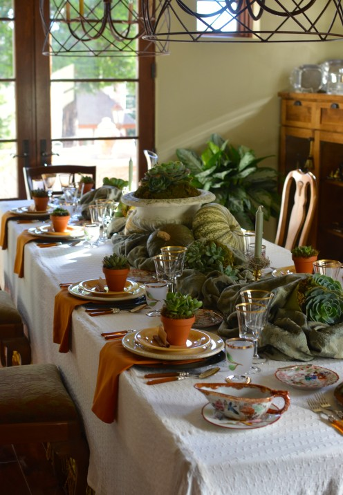 HOW TO SET A MAGNIFICENT THANKSGIVING TABLE | www.AfterOrangeCounty.com