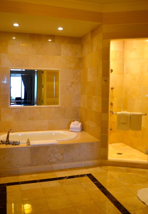 SUITE LIFE AT THE PALAZZO IN LAS VEGAS | Suite 49709 at The Palazzo Hotel, Las Vegas | www.AfterOrangeCounty.com