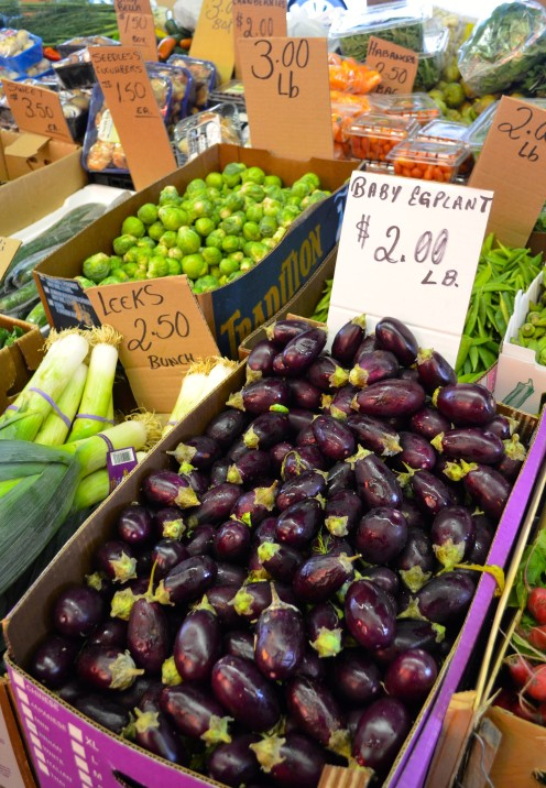 A VISIT TO THE MARVELOUS ITALIAN MARKET IN PHILLY | www.AfterOrangeCounty.com