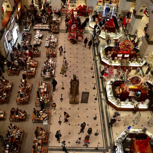 SEASONS GREETINGS from Philly| Macy's | www.AfterOrnageCounty.com