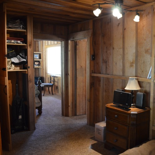 MY LOG CABIN MASTER BEDROOM RENOVATION