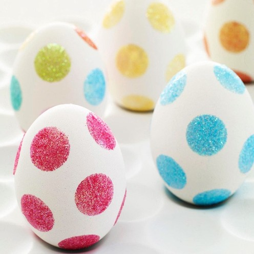 20 TERRIFIC IDEAS FOR DECORATING EASTER EGGS | From Social Graces|www.AfterOrangeCounty.com