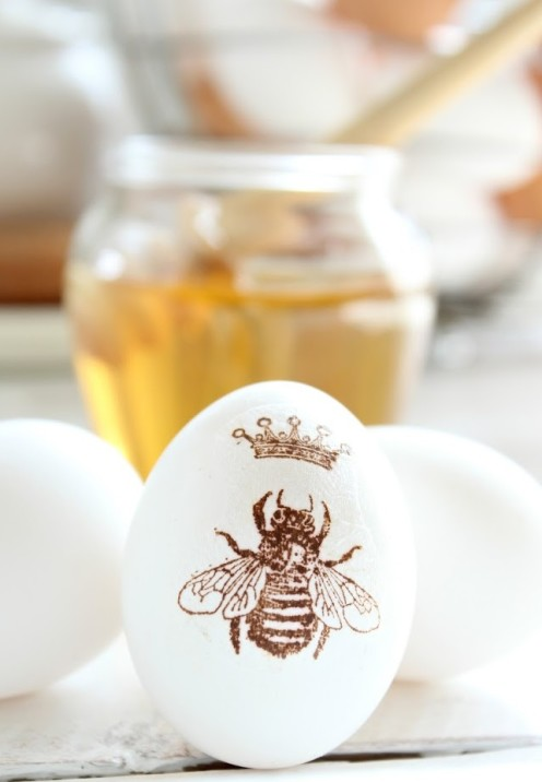 20 TERRIFIC IDEAS FOR DECORATING EASTER EGGS | From Craftberry Bush|www.AfterOrangeCounty.com