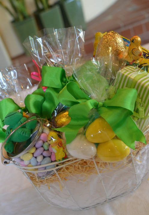 HOW TO MAKE A BEAUTIFUL CUSTOM EASTER BASKET | www.AfterOrangeCounty.com