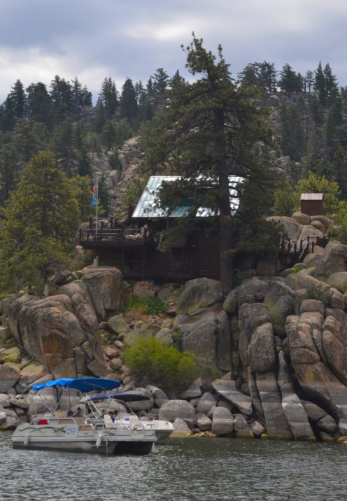 THE LOVELY LAKEFRONT CABINS OF BIG BEAR | www.AfterOrangeCounty.com