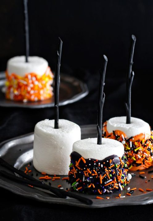 IT'S A PINTERESTING HALLOWEEN | Great ideas for Halloween | www.AfterOrangeCounty.com