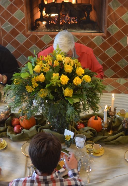 HOW TO SET A LOVELY THANKSGIVING TABLE | www.AfterOrangeCounty.com