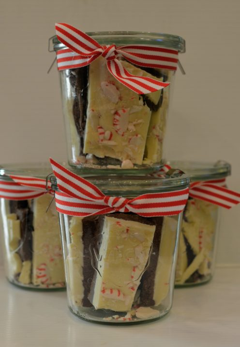 HOW TO MAKE HOMEMADE PEPPERMINT BARK |Recipe Tutorial | www.AfterOrangeCounty.com