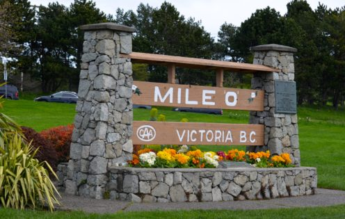 TOP 10 THINGS TO DO IN VICTORIA | Mile 0 Monument in Beacon Hill Park | www.AfterOrangeCounty.com