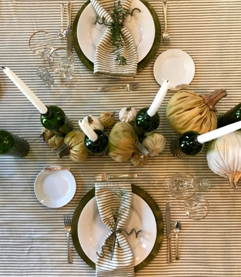 A SIMPLE YET LOVELY THANKSGIVING TABLESCAPE | www.AfterOrangeCounty.com