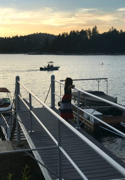 DINING ON THE DOCK AT SUNSET | Lake Arrowhead, CA | www.AfterOrangeCounty.com