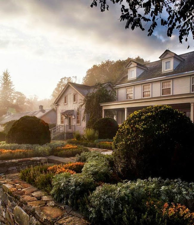 OUR ONE THOUSAND MILE THANKSGIVING ROAD TRIP | Martha Stewart's Home in Bedford, New York | www.AfterOrangeCounty.com