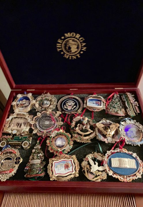 SUNDAYS WITH CELIA VOL 75 | White House Christmas Ornaments | www.AfterOrangeCounty.com
