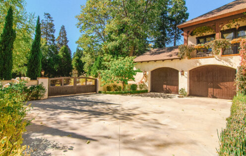 SUNDAYS WITH CELIA VOL 104 | Lake Arrowhead House For Sale | Motor Court | www.AfterOrangeCounty.com #Lake Arrowhead #HouseForSale #Lake ArrowheadRealEstate