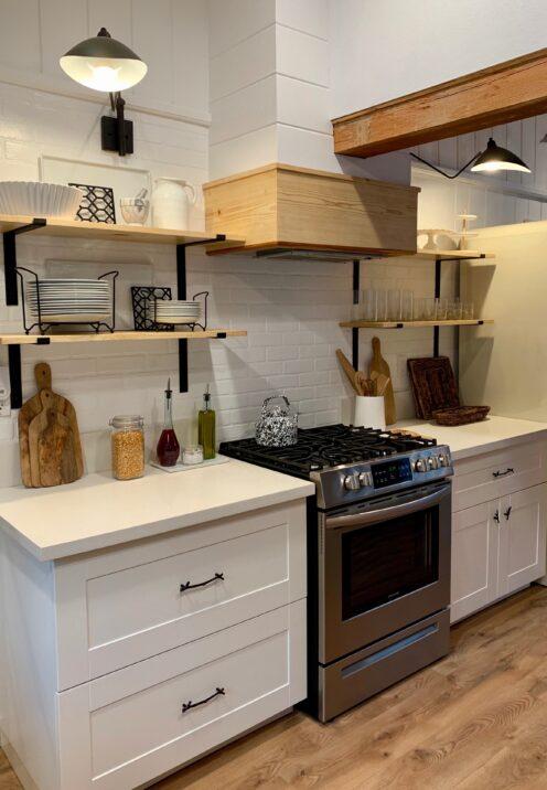 THE COTTAGE ON CATALINA KITCHEN REVEAL PART 2 | www.AfterOrangeCounty | #Kitchen #OpenShelving #KitchenRenovation #WorldMarket #H&MHome #BigBearLakeCottage